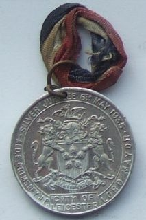 Leicester 1935 Silver Jubilee George V Queen Mary 34mm
