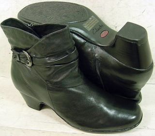 Clarks Artisan Womens Leyden Crest Black Leather Ankle Boots 31532