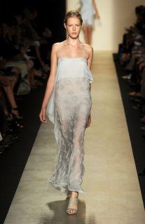 BCBG MAXAZRIA Runway $678 Linnea Grey Embroidered Silk Maxi Dress New