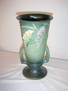 vintage original Roseville Art Pottery Freesia vase double handle 125
