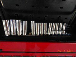 Mac Tools 3 8 DRIVE13PC Metric Deep 6 Point Socket Set w Holder