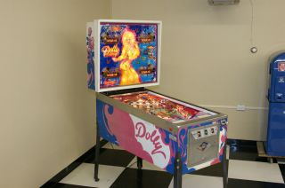 WOW Restored 1978 Dolly Parton Pinball Machine Beautiful Cabinet New