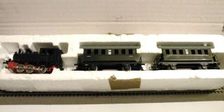 MARKLIN Marklin VINTAGE TRAIN SET WITH ONE STEAM ENGINE 3029 SCALE HO