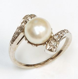 14k White Gold Pearl Diamond Ring Vintage