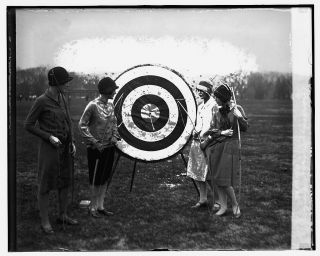 Archery Marjory Webster School 1926 archery bow and arrow 5 x 7 photo