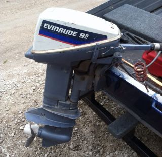 Evinrude Outboard Motor 9 9 15HP