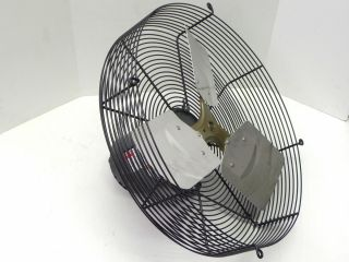 DAYTON 4C365A 18 GUARD MTD EXHAUST FAN 9K953 DIRECT DRIVE FAN MOTOR