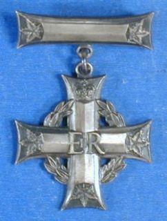Canadian Memorial Cross Queen Elizabeth 2 Royal Canadian Navy V0076