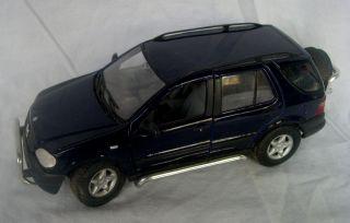Maisto 1 18 Diecast Mercedes Benz SUV ml 320