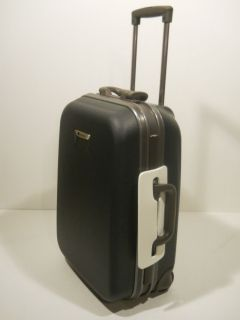 Delsey Meridian Plus Suiter 20 Hardshell Carry on Travel Luggage Black