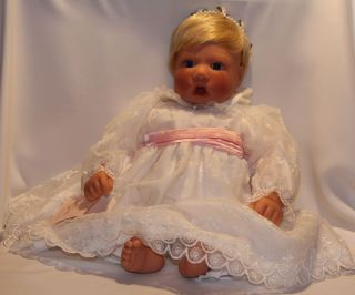 Lee Middleton Doll Heavenly Includes Original Box Hand Tags COA
