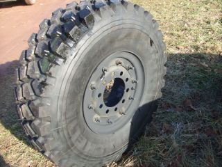 14 00R20 XZL Tire Michelin Military Truck Mud Tire Swamper