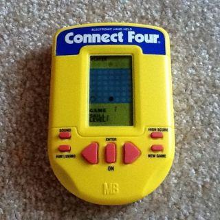 MB Milton Bradley CONNECT FOUR 4 Electronic Handheld Portable Game