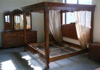 Ethan Allen King Canopy Bedroom Set Bed Dresser Night Tables STUNNING