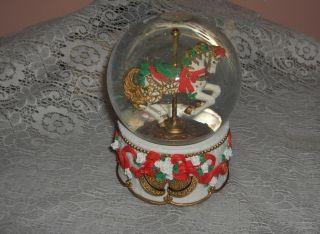 House Snow Globe Music Box Carousel Horse Christmas Collector Edition