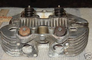 TRIUMPH BRITISH MOTORCYCLE ENGINE TOP CYLINDER HEAD with VALVES