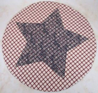 Country Red & Cream Navy Stenciled Star Liberty Round Table Mat 20 in