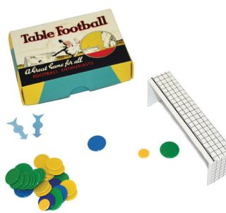 VINTAGE STYLE TIDDLYWINKS TABLE FOOTBALL GAME FAMILY FUN GREAT GIFT