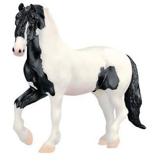 Breyer #1148 Gypsy King   Black & White Pinto Gypsy Vanner   Friesian
