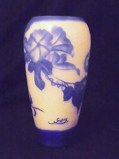 STRIKING SIGNED GALLE CAMEO GLASS VASE   BLUE MORNING GLORIES ON WHITE