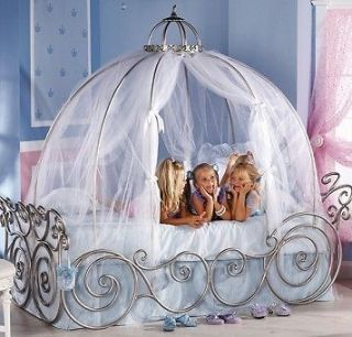 Disney Princess Carriage Bed Twin W/ White Sheer  Perfect For Any