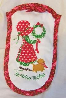 Greetings Holly Hobbie Christmas Fabric Oven Mitt NEW Great Gift