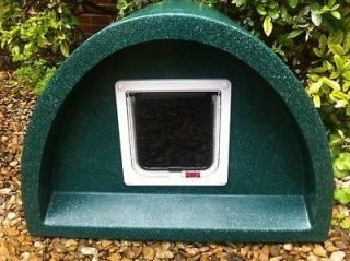 The Only Heated Outdoor Cat House Electric w Built in Floor Heater