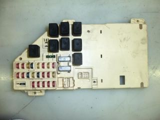 02 INTREPID FUSE BOX (UNDER DASH) (Fits: 2002 Dodge)