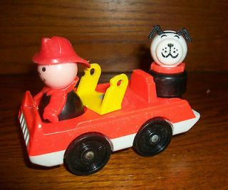 Fisher Price Little People Vintage Fire Truck w Black & white dog