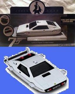 Corgi 136 Bond 007 The Spy Who Loved me Lotus Esprit Underwate Sub