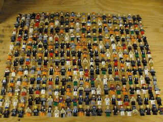 Lego One Random Minifigure From The Lot Shown Free Ship