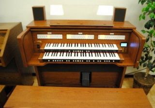 Roland C380 Church Organ