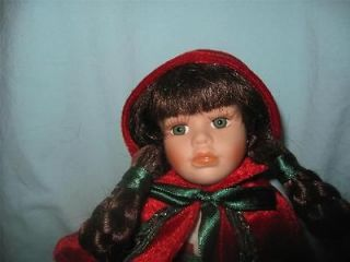 Geppeddo Porcelain LITTLE RED RIDING HOOD doll #09B248