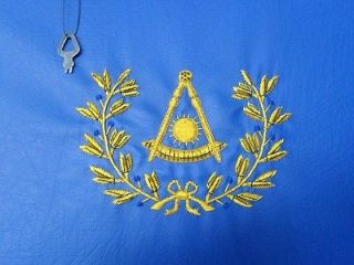 HAND EMBROIDED MASONIC CUSTOM BLUE, P.M. APRON CASE GOLD WITH WREATH
