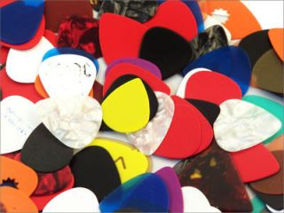 Pack of 500 Assorted Guitar Picks   351 style   New