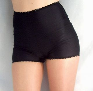 RETRO STYLE HIGH WAISTED SPANDEX SHORTS HOT PANTS WITH LACE EDGE BLACK