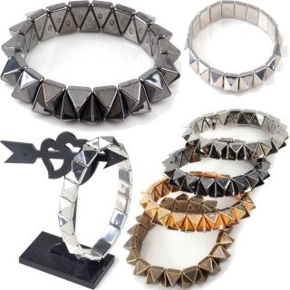 New Fashion Gothic Rivet Stream Punk Rock Spikes Stud Wristband Bangle