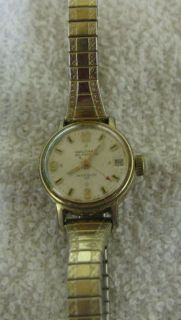 COLLECTIBLE WALTHAM INCABLOC 17 SWISS GOLD TONE LADIES WRISTWATCH