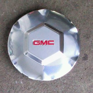 NEW GENUINE GMC ENVOY HUB CAP 9595085