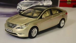 18 Hyundai Sonata 2011 Die Cast Model Gold Color Only One