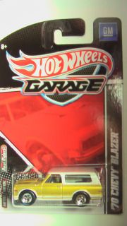 Hot Wheels Garage 2011 Ford vs GM 70 Chevy Blazer New Exclusive Mint