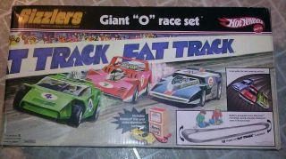 2007 Hot Wheels Sizzlers Giant O Race Set