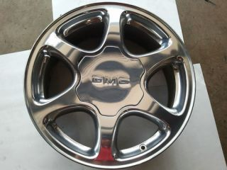 2001 2006 GMC Yukon Denali 6 Spoke Polished Wheels