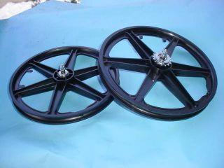 BMX Bicycle Mag Wheels Freewheel Black Light Weight New