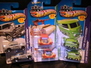 Hot Wheels Lot New for 2013 Volkswagen Komb55 Chevy Bel Air Gasser