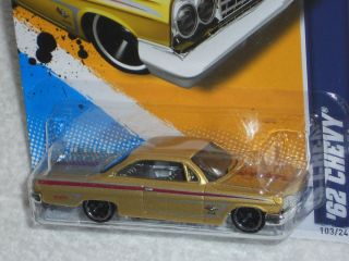Hot Wheels 2012 Muscle Mania GM 12 3 10 62 Chevy Met Gold