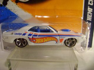 2012 Hot Wheels 174 70 Dodge Hemi Challenger HW Racing Series 4 of 10