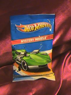 HOT WHEELS 2011 MYSTERY MODELS NUMBER 20 AMAZOOM JUST RELEASED RED