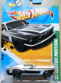 2012 Hot Wheels 67 CUSTOM MUSTANG Ford Treasure Hunt Regular 1 64 1967