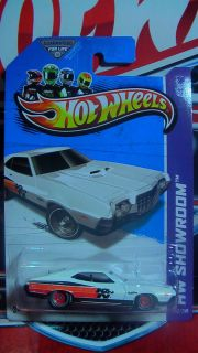 HOT WHEELS 2013 72 FORD GRAN TORINO SPORT CUSTOM SUPER REAL RIDERS NEW